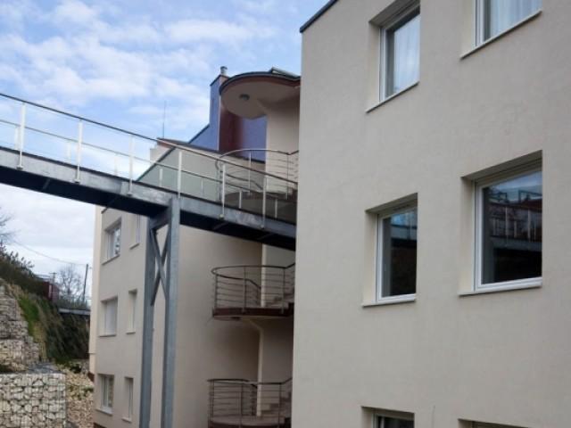 budapest_II_kerület_Rózsadomb_Villaparkban_eladó_lakás